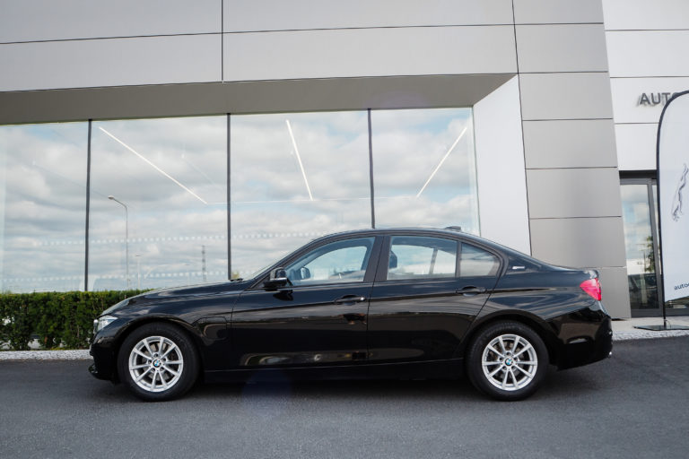 BMW 330e Hybrid Aut