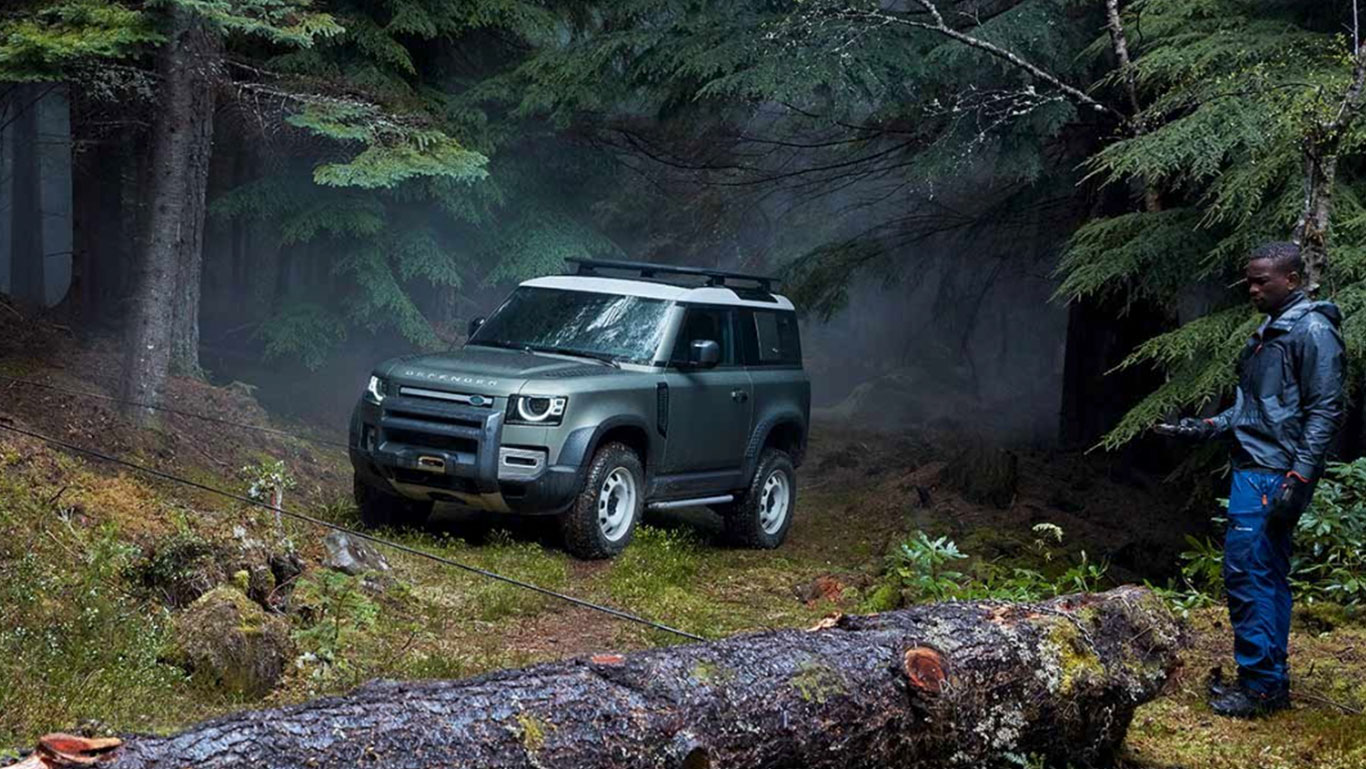Uusi Land Rover Defender